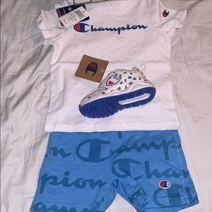 NWT Champion kids outfit with sneakers! 🥰